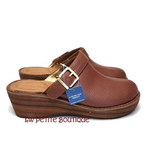 Kenneth Cole Reaction Clogs